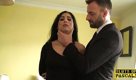 पत्नी, मेरे लिए एक वेश्या का पता हिंदी सेक्सी फुल मूवी एचडी में लगाएं