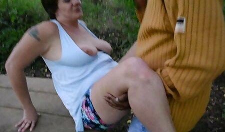 वह अपने दोस्तों और सभी सेक्सी मूवी वीडियो में सेक्सी खेलने के साथ साझा करना चाहता है