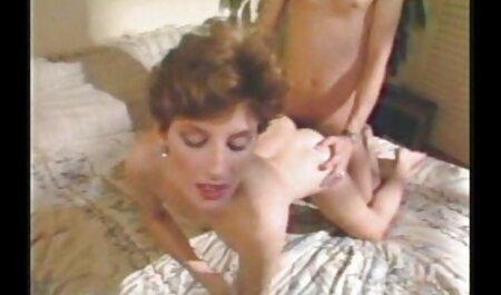 वह स्टीयरिंग व्हील से खींच लिया, और तुरंत हिंदी में सेक्सी वीडियो मूवी चाबुक