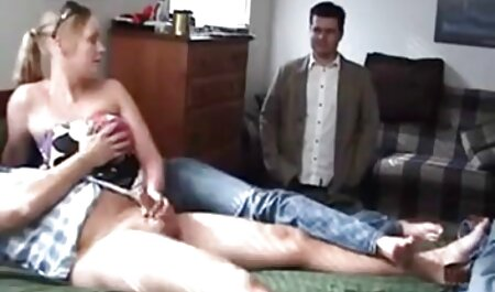 बंद नाड़ी लड़की गीला शर्ट और स्तन के साथ सेक्सी वीडियो हिंदी मूवी में खेल शुरू