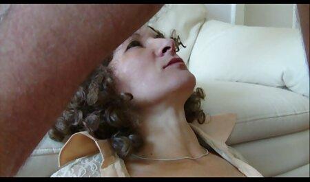 बेबी दिल सेक्सी वीडियो में हिंदी मूवी के साथ खेल गुलाब