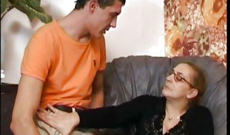 यह लड़की एक मालिश सेक्सी मूवी हिंदी में वीडियो और निगल के साथ खराब हो जाता है