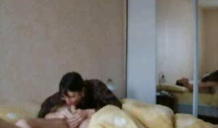 एक छिपे हुए कैमरे के साथ मूवी सेक्सी फिल्म वीडियो में उसके पति