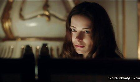 सुनहरे हिंदी में सेक्सी मूवी फिल्म बालों वाली कप में है