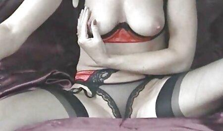 नताशा सड़क पर हिंदी में सेक्सी मूवी पैंट के बिना खेलने के लिए शर्म नहीं है