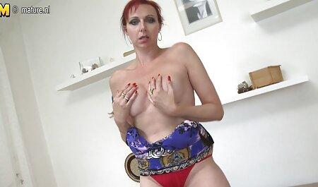 गर्म लड़कियों बड़े स्तन पड़ोसी मूवी सेक्सी हिंदी में वीडियो